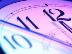 Как просыпаться по утрам самостоятельно без вреда для здоровья?