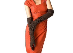 Как ухаживать за замшевыми перчатками?