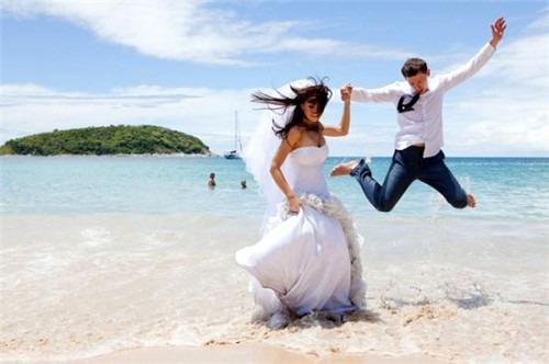 Свадебный костюм с брюками