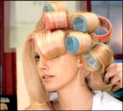 Простой способ укладки волос на бигуди-липучки