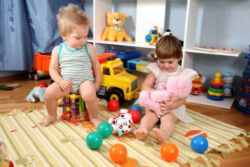Домашние мелочи для развития мелкой моторики ребенка