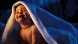 Как правильно обустроить спальное место маленькому ребенку?