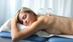 Антицеллюлитный вакуумный массаж у себя дома