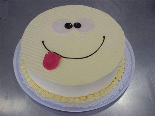 Как правильно делать надпись на торте?