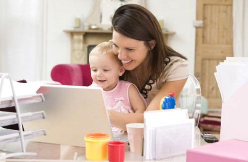 Как заработать молодой маме?