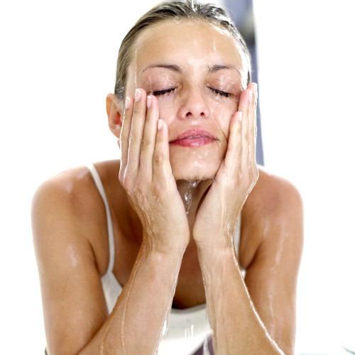 Очищение кожи с помощью масел