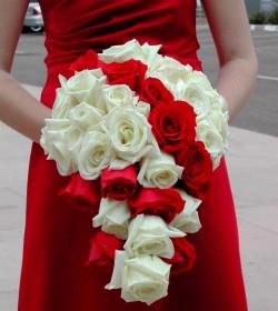 Как правильно подобрать свадебный букет для невесты?