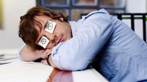 Как бороться со сном на рабочем месте?