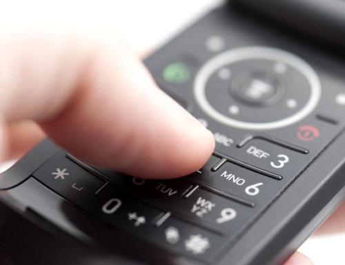 Как правильно разговаривать с мужчиной по телефону?