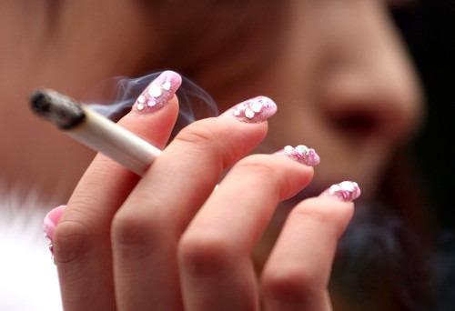 Нравятся ли мужчинам курящие женщины