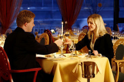 Как создать благоприятную обстановку для первого интимного свидания с мужчиной?