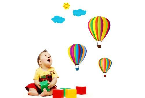 Нужно ли отдавать кроху в детский сад?
