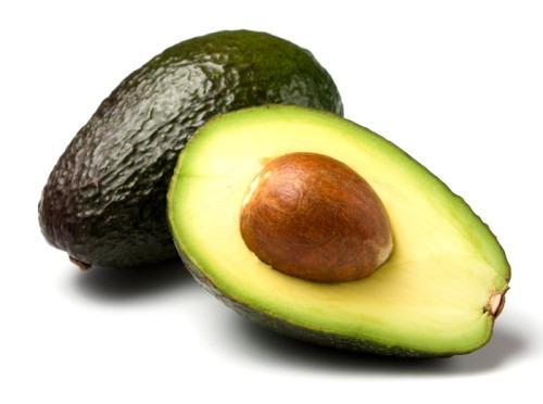 Салат из ветчины и авокадо