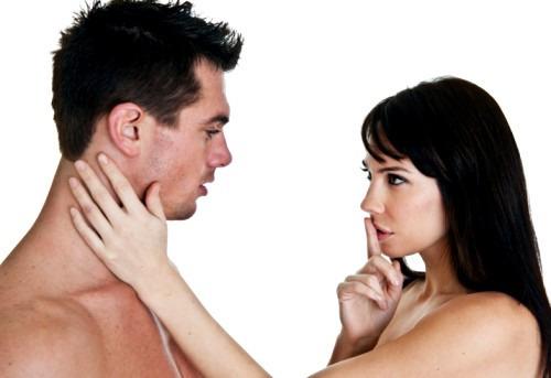 Как бороться с глупыми привычками мужчин в постели?