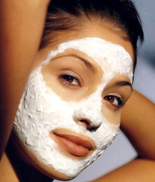 Как сделать маски для лица из молока самостоятельно?