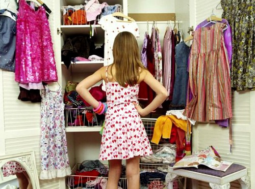 Как привести в порядок гардеробный шкаф?