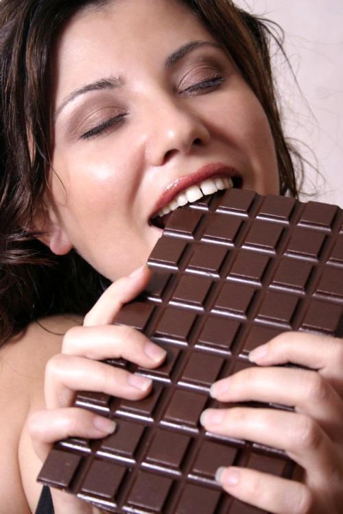 Какие продукты максимально поднимают настроение?