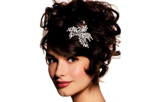 Стань аристократкой: выбери стильную брошь!