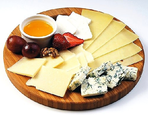 Как правильно сделать сырную тарелку