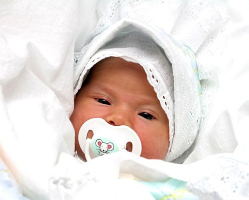 Развенчиваем мифы о новорожденных
