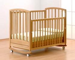 Выбираем для ребенка первую кроватку