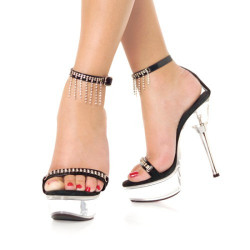 Как разносить тесные туфли?