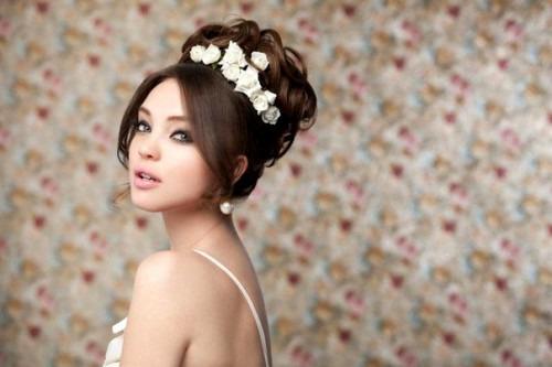 Свадебная прическа - главный атрибут невесты
