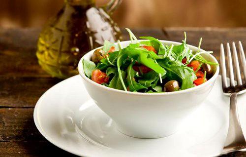 Блюда в пароварке: особенности и полезные свойства
