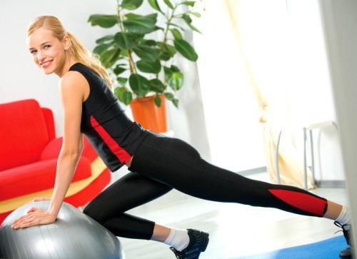 Как правильно заниматься домашним фитнесом?