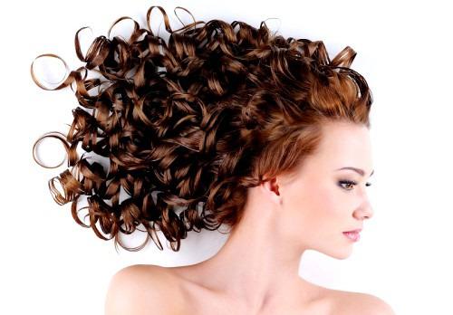 Обуздать волнистые волосы или правила ухода за ними