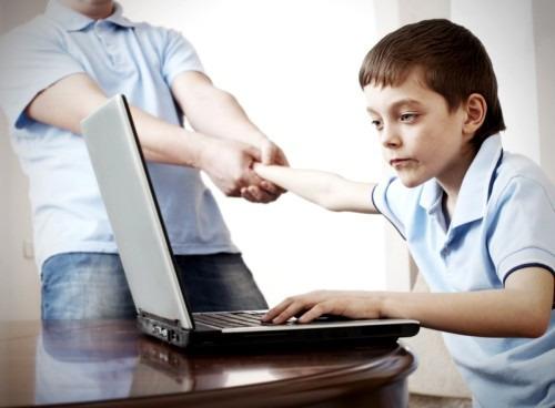Как «оторвать» ребёнка от компьютера?