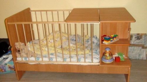 На что обращать внимание при выборе детской кроватки?