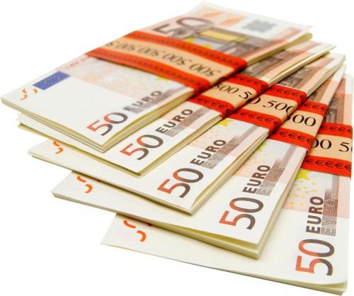 Как хранить деньги дома