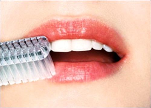 Причины пересыхания губ