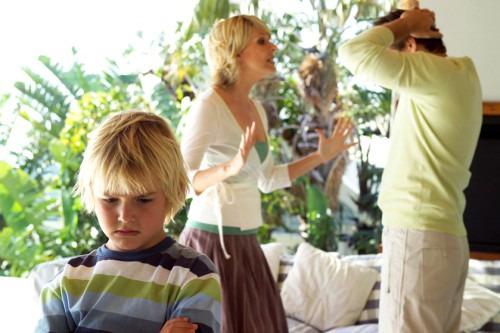 Как объяснить ребёнку, что родители разводятся