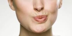 Депиляция и эпиляция волос над верхней губой