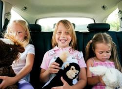 Чем развеселить ребенка в дороге?
