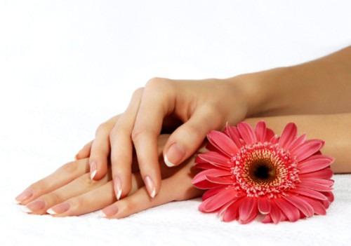 Секреты ухода за чувствительной кожей рук в зимний период