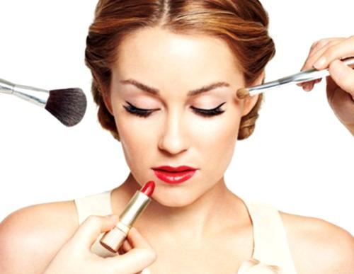 Насколько важен макияж в жизни женщины