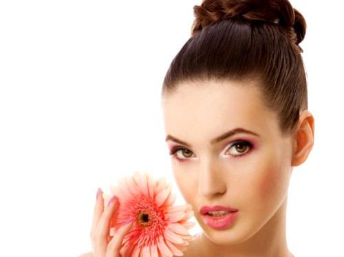 5-секундный макияж, который поможет придать лицу свежесть