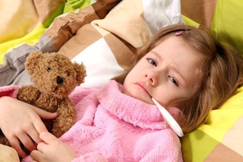 Простуда: уход за больным ребенком