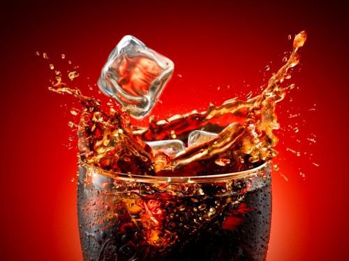 Кока-кола как альтернативная замена дорогой химии