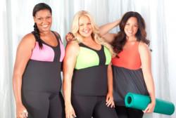 Как полным женщинам выбирать спортивную одежду