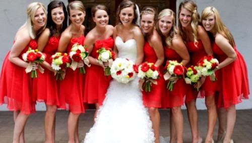 Как выбрать платье подружки невесты?