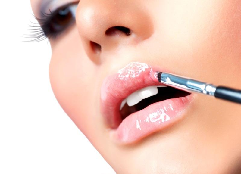 Увеличение губ и никакой пластики